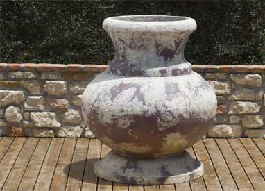 Pietrostoneware