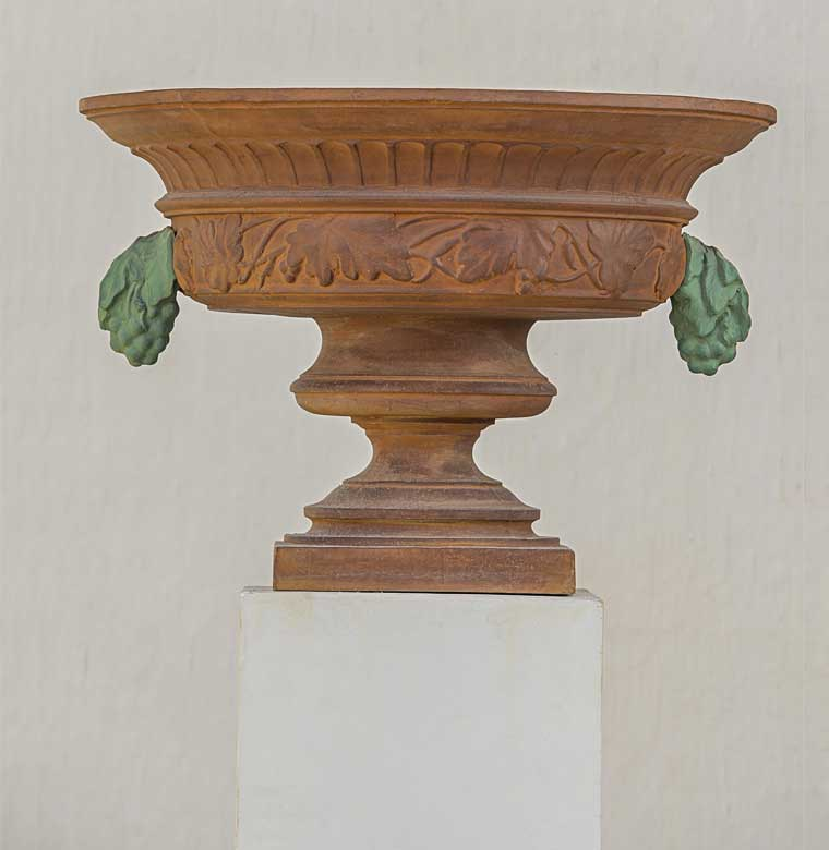 Pietro Val d Osne Grape Urn